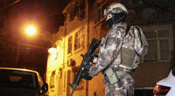 İstanbul#039;da çete operasyonu