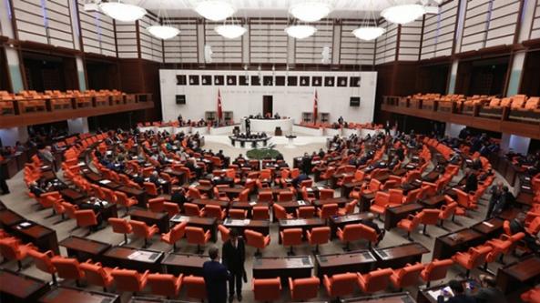 Milletvekillerinin implant hakkı arttırıldı: 12 dişe kadar biner lira