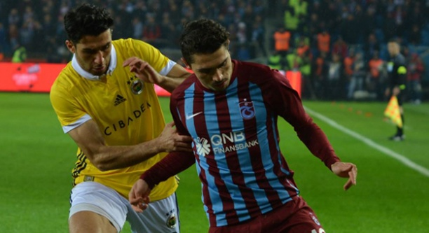 Trabzonspor'dan Fenerbahçe'ye çelme