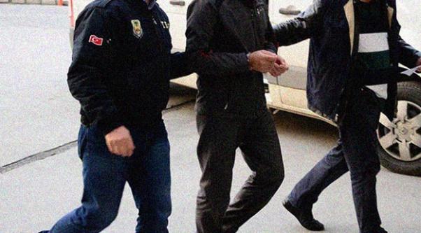 52 eski polis tutuklandı