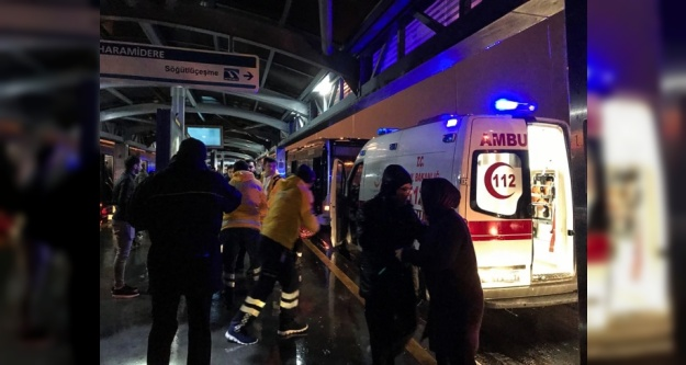 Metrobüs kazası: 22 yaralı