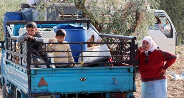 Afrin'de sivillerin kaçışı sürüyor