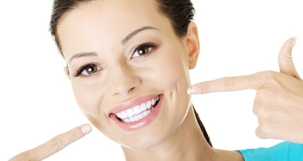 Problemli dişler özgüveni düşürüyor