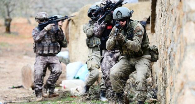 YPG/PKK elebaşları kaçmaya çalışıyor