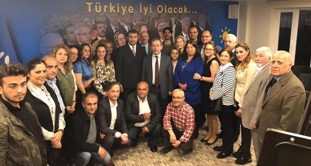 Abdüllatif Şener: Türkiye'de çapulun merkezi siyasettir