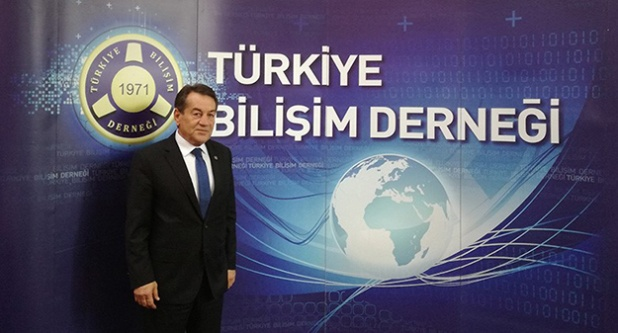 Bilişimde Türkçe seferberliği