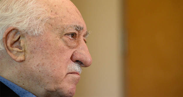 Fetullah Gülen,  koronavirüse yakalandı kısmi felç geçirdi