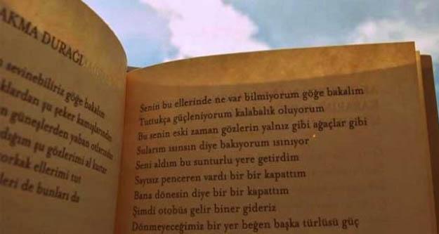 'Göğe Bakma Durağı' şiiri