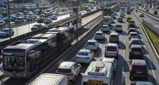 İstanbul trafiğinde yılbaşı yoğunluğu