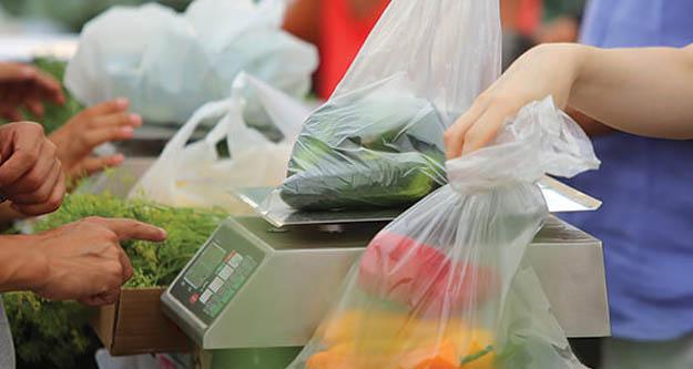 Markette  kağıt torba dönemi