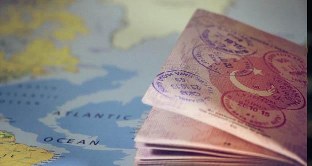 Çavuşoğlu'dan vize serbestisi açılaması