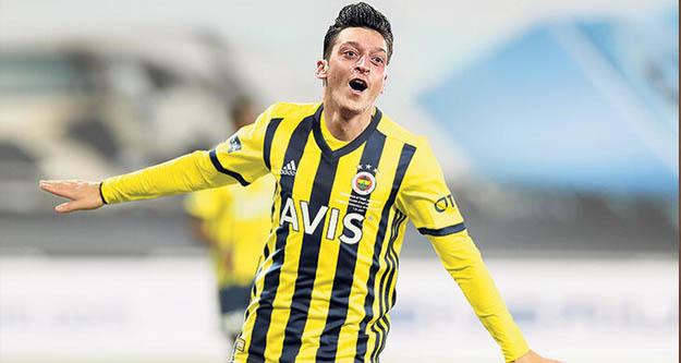 Fenerbahçe'de Mesut Özil sesleri
