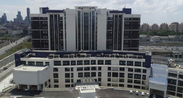 İstanbul Valisi Yerlikaya'dan Seyrantepe Hastanesi'nde inceleme
