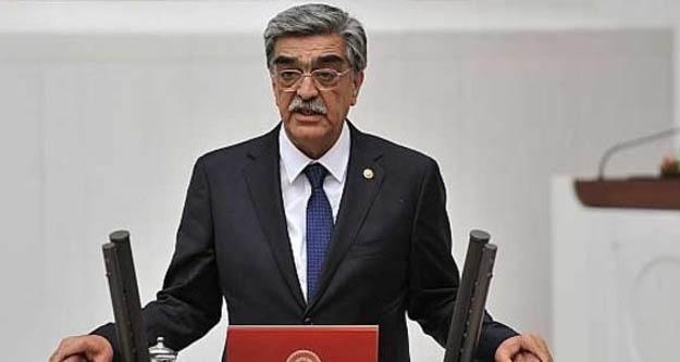 MHP eski Milletvekili Mehmet Necmettin Ahrazoğlu hayatını kaybetti