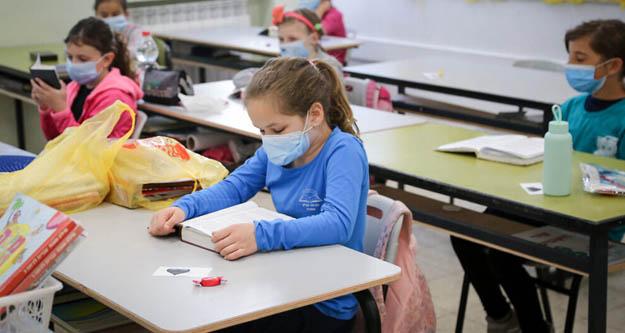 Prof.  Saltık:  Okullar açılırsa bedeli ağır olur