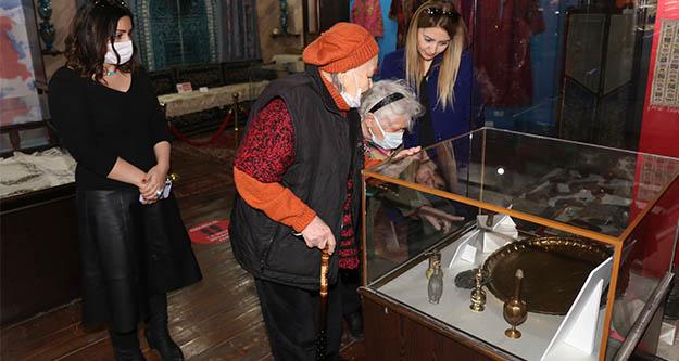 Aziz Nesin'in tarihi eserleri Burhaniye'de yaşayacak