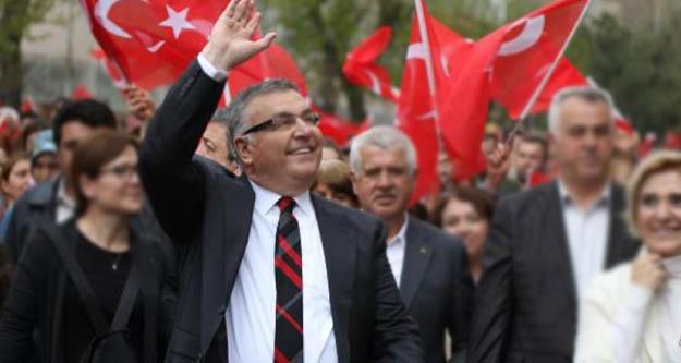 CHP'den istifa etmişti,  partiye geri dönüyor