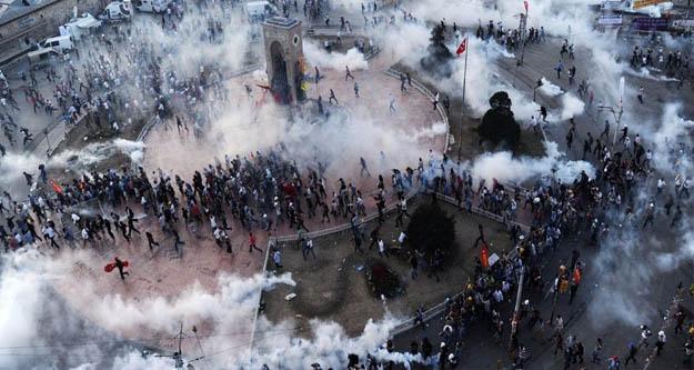 Gezi davasında yargılanan 8 kişi hakkında 'yurt dışı yasağı getirildi