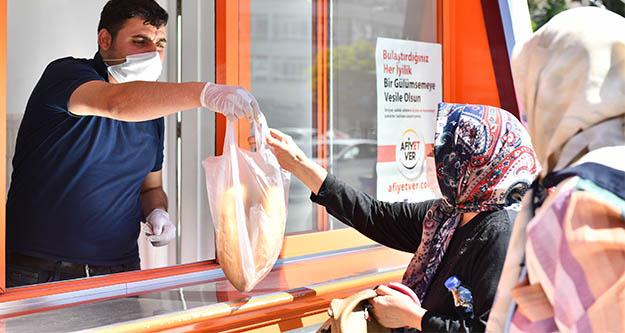 Halk Ekmek  satış büfesi kura çekilişi için 890 kişi başvurdu