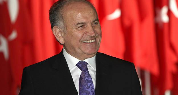 İBB eski Belediye Başkanı Kadir Topbaş  hayatını kaybetti