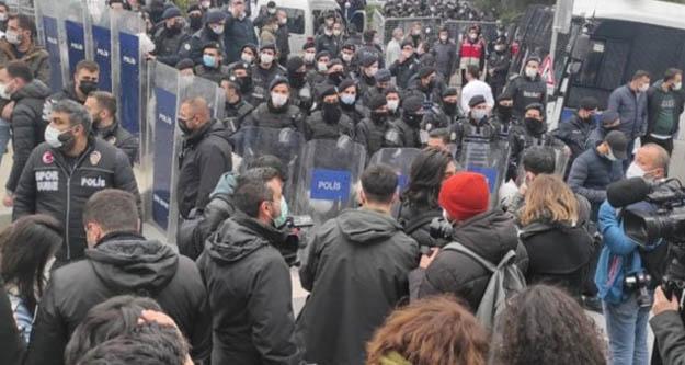 İstanbul Valiliği: Gözaltına alınan 159 kişiden 57 si Boğaziçi öğrencisi