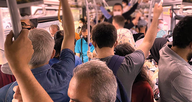 65 yaşüstü ve 20 yaş altı toplu taşımayı kullanabilecek