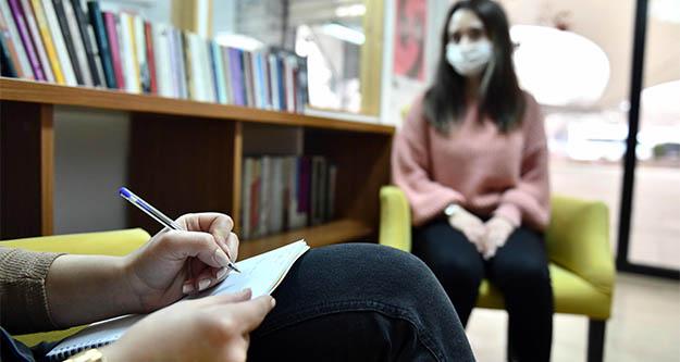 Başkent'te kadınların güven noktası: Büyükşehir kadın danışma merkezi