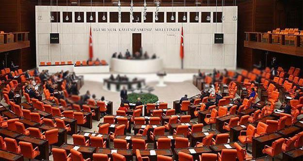 CHP, siyasette tam eşitlik  ve teslimiyet  teklifini TBMM'ye sundu