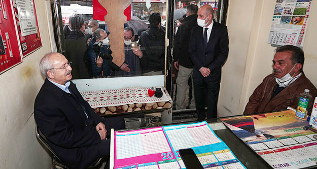 Kılıçdaroğlu,  ekonomik sıkıntısı nedeniyle intihar eden esnafın ailesini ziyaret etti
