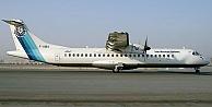 İran'da uçak düştü: 66 ölü