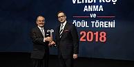 Yılmaz Büyükerşen'e Vehbi Koç Ödülü
