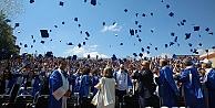 Okan Üniversitesinde mezuniyet sevinci