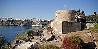 Hıdırlık Kulesi#039;nde arkeolojik kazı çalışmaları devam ediyor