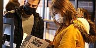 Efeler'de Kitap Kafe açılışına yoğun ilgi