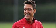 Mesut Özil transferinde mutlu son