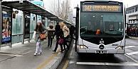 Metrobüs tabelasında kodlar yerine son istasyonun adı yazacak