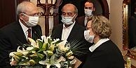 Kılıçdaroğlu, Alparslan Türkeş'in eşi Seval Türkeş'i ziyaret etti