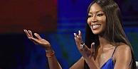 Naomi Campbell'dan sağlıkçılara destek mesajı: Tanrı sizi korusun