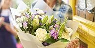 İsimsiz çiçek göndermek suç mu değil mi ?