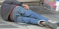 Sokakta yaşayan insanlar anlatıyor: Misal dün aç uyuduk