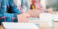 İBB'den 63 bin 236 genç üniversiteliye eğitim  yardımı