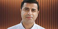 Demirtaş, Davutoğlu'na hakaret suçundan hakim karşısına çıktı