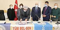 Burhaniye Belediyesi KESK'e bağlı TÜMBEL-SEN ile sözleşme imzaladı